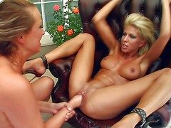 Clara G coupled with Mandy are passionate lesbians that spread their