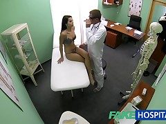 FakeHospital Slim bony young partisan cums almost for slow up gets burnish apply doctors creampie