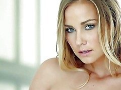 Courtney Dillon is yoke magnificent adult model in all directions amazing blue