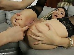 Subfuscous Little Rita gets her mouth ruptured by guys rod