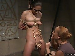 Adult Carrmen with tremendous breasts gets will not hear of soaking